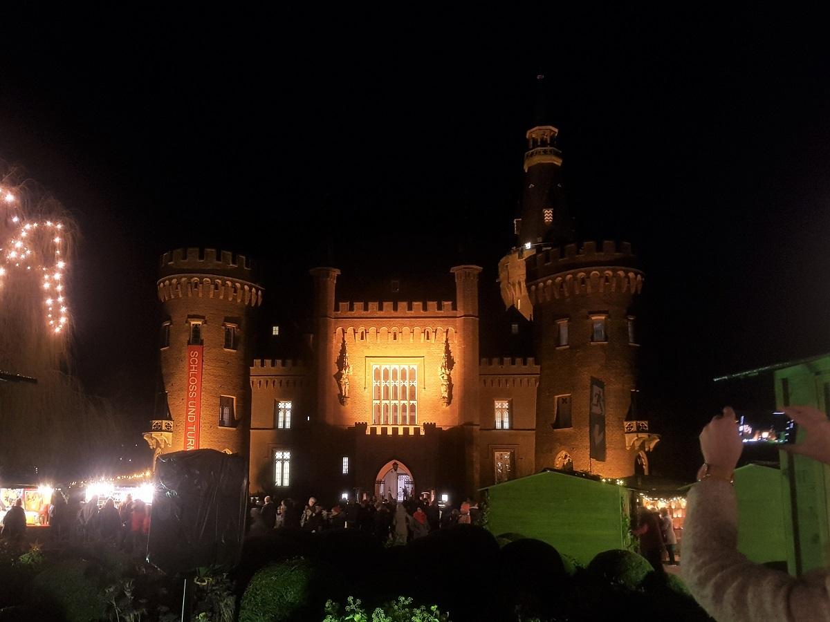 Weihnachtsmarkt Schloss Moyland