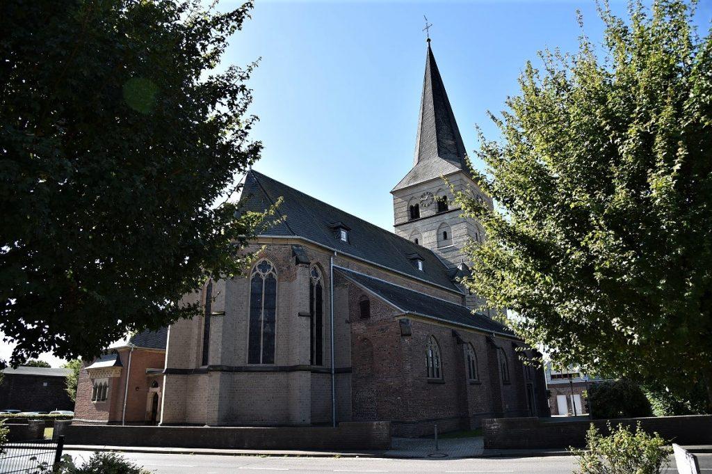 Kirche St. Peter in Voerde-Spellen